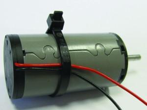 Embridado de los cables del motor sin escobillas